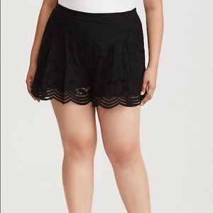 Torrid Black Lace Flowy Short